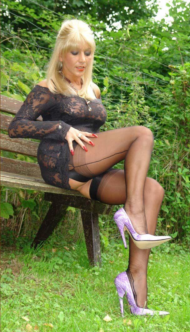 Mature women seamed stockings