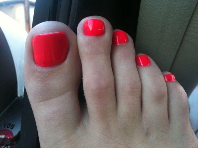 Tori black feet soles