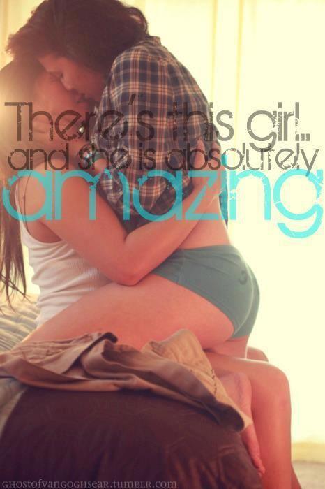 girls kissing Bisexual