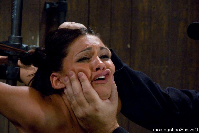 Erotic massage full body nude