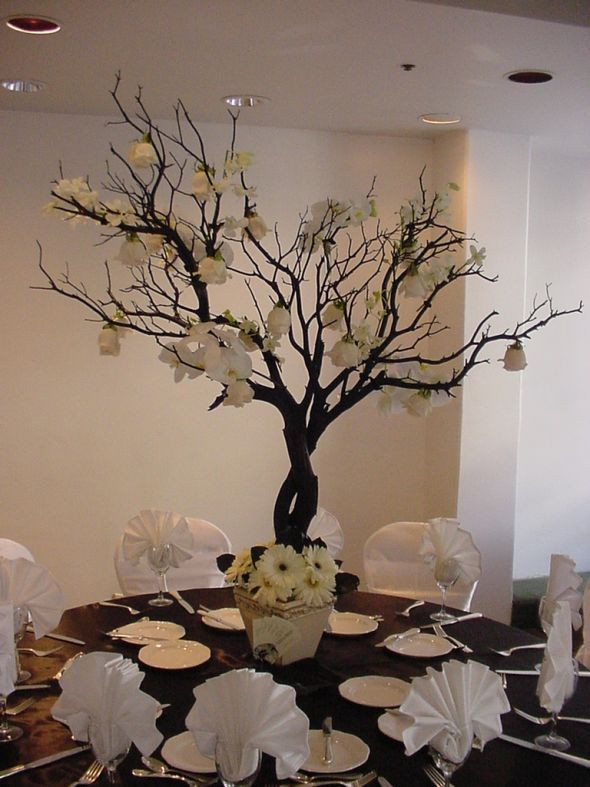 Manzanita wedding tree centerpiece