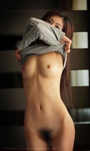 Nude mao ming