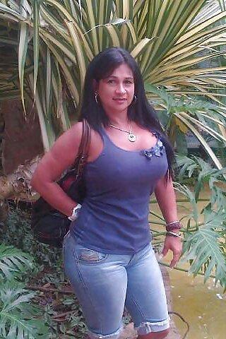 Amateur latina milf