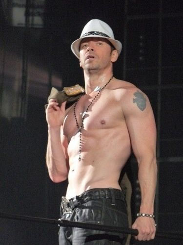 Donnie wahlberg shirtless