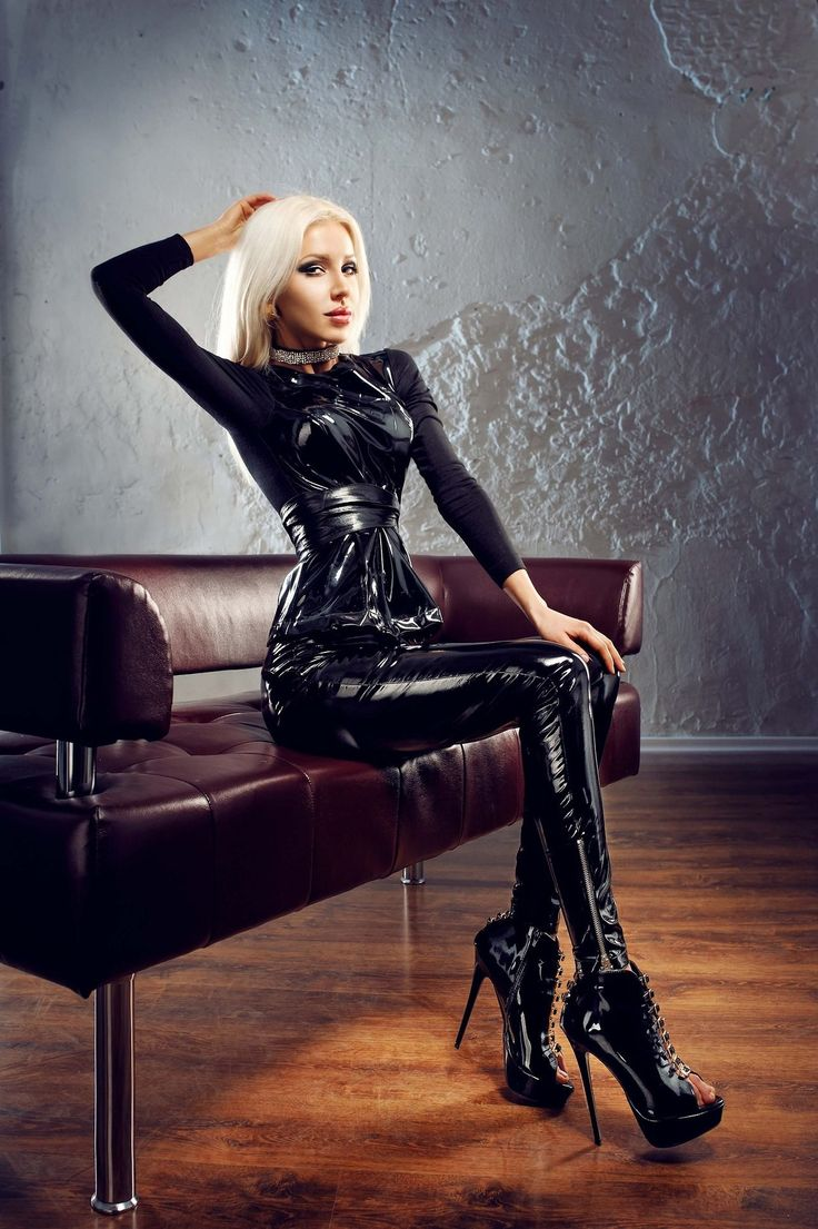 Sexy women in latex xxx