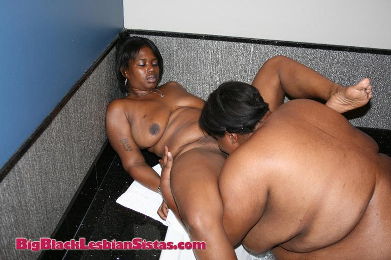 Black bbw lesbians eating pussy