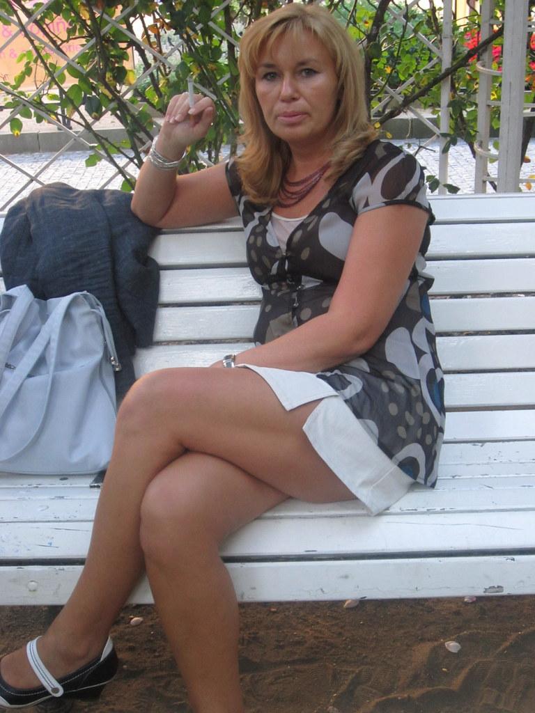women smoking mature Sexy