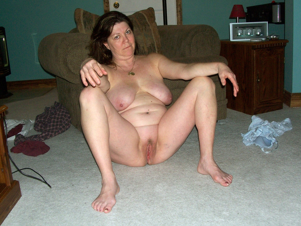 Amateur bbw hairy mature pussy