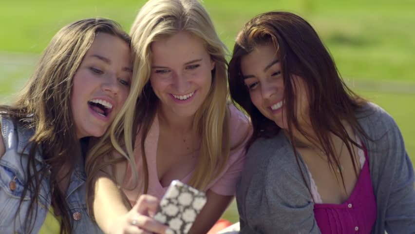 selfies group Young girls teen