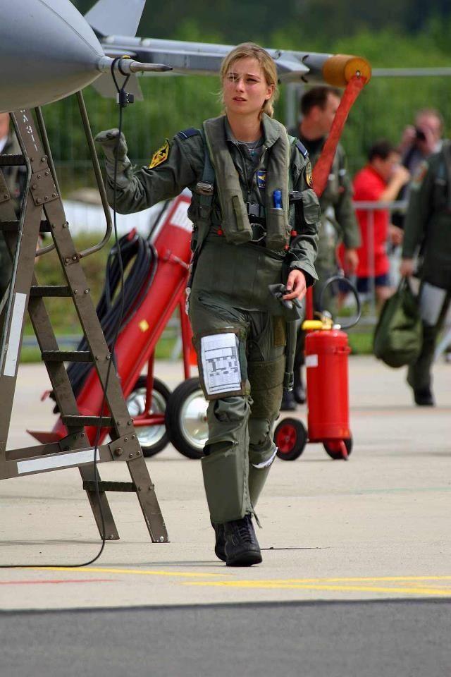 Female officer air force women hot girls