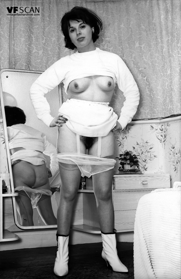 vintage nudes hairy Stockings