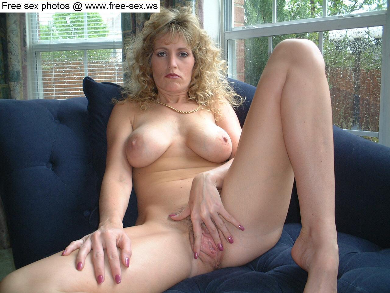 Mature big tits spread pussy