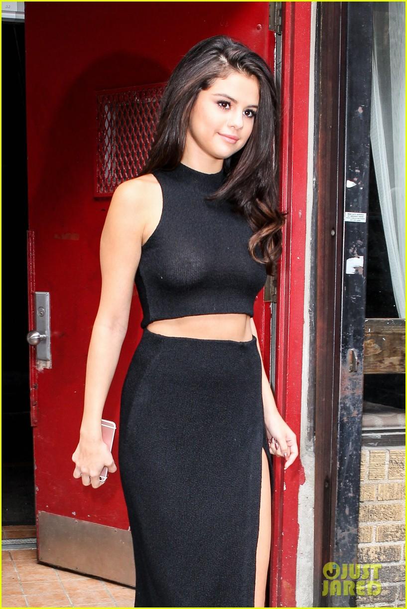Selena gomez hot sexy