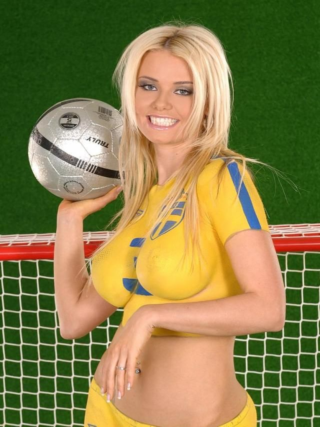 nude soccer World cup girls