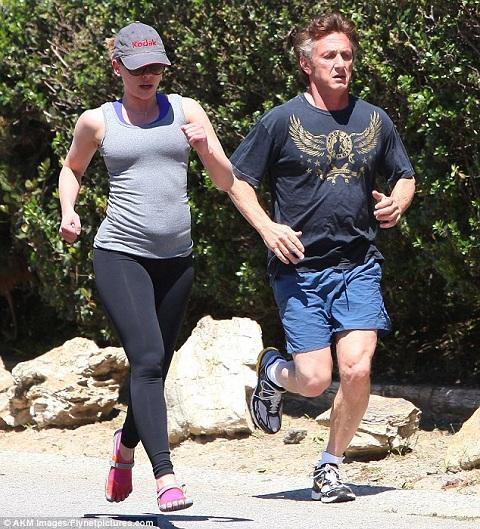 Scarlett johansson black widow workout